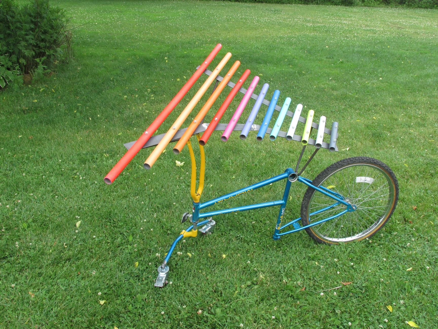 xylophone mounted on a bicycle